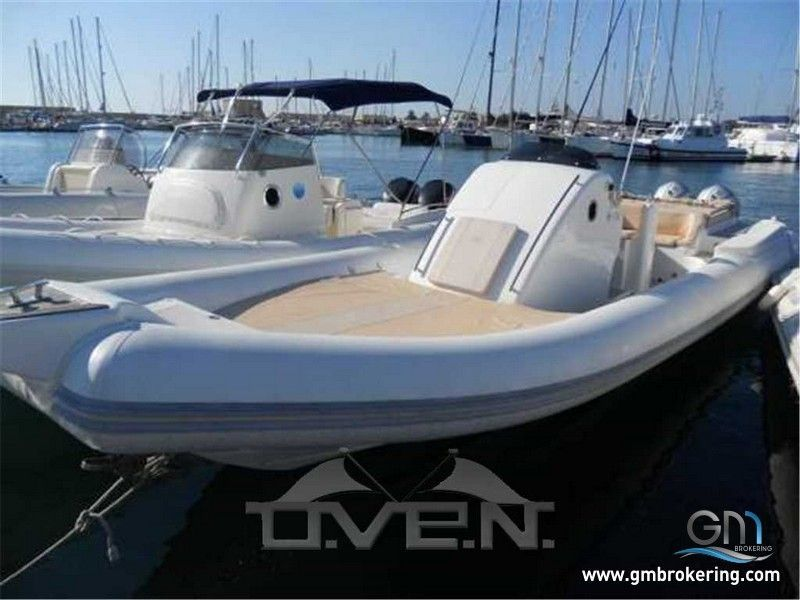 Gm brokering yacht e barche annunci vendita barche e for Cerco divano usato milano