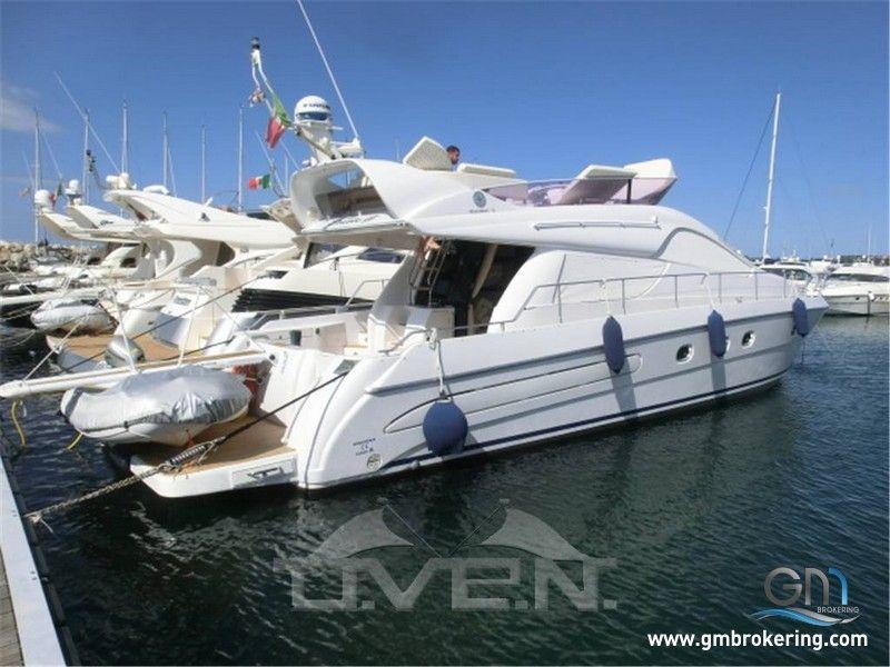 Cerco yacht usato la cura dello yacht for Cerco tavolo usato milano