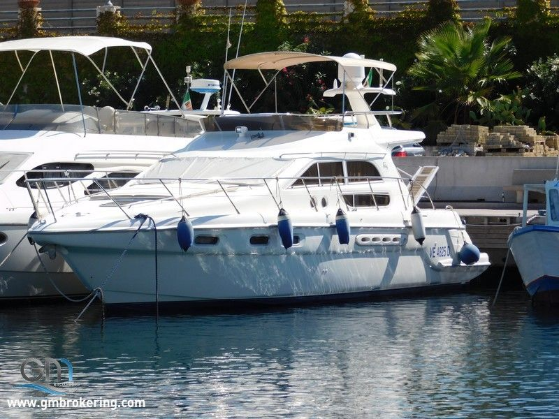 Sealine 44 Fly