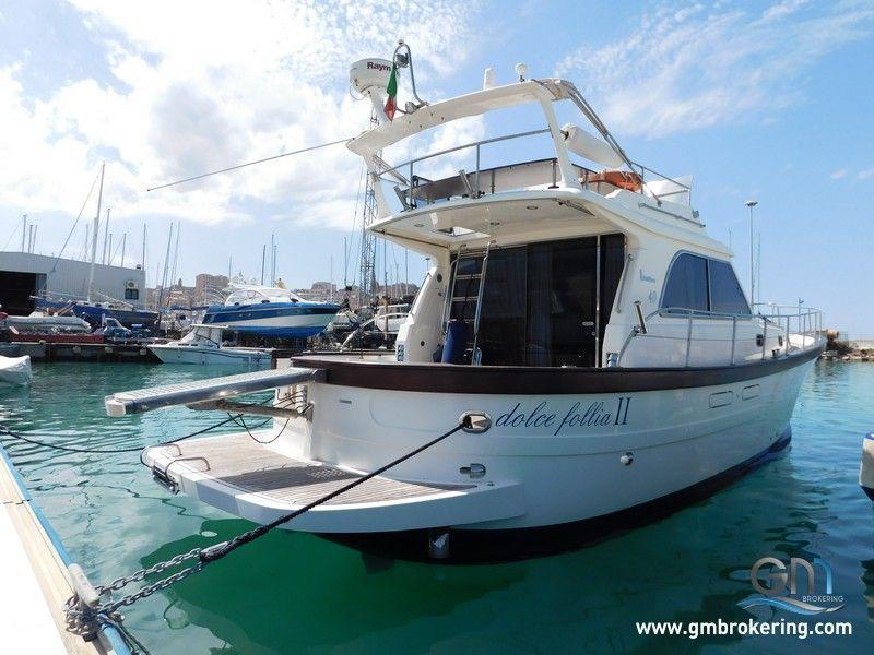 Vendita barche a motore sciallino sciallino 40 fly usato for Vendita camerette usate milano